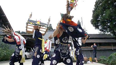 青沢獅子踊り